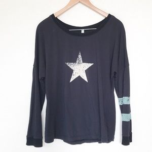 Free people movement long sleeve star tee Sz M